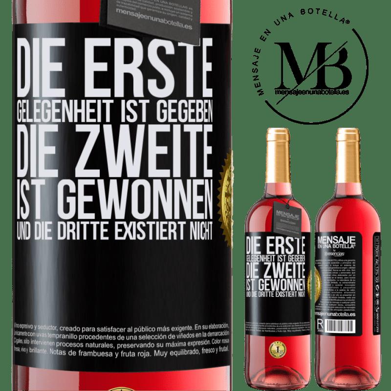 24,95 € Kostenloser Versand   Roséwein ROSÉ Ausgabe Die erste Gelegenheit ist gegeben, die zweite ist gewonnen und die dritte existiert nicht Schwarzes Etikett. Anpassbares Etikett Junger Wein Ernte 2020 Tempranillo