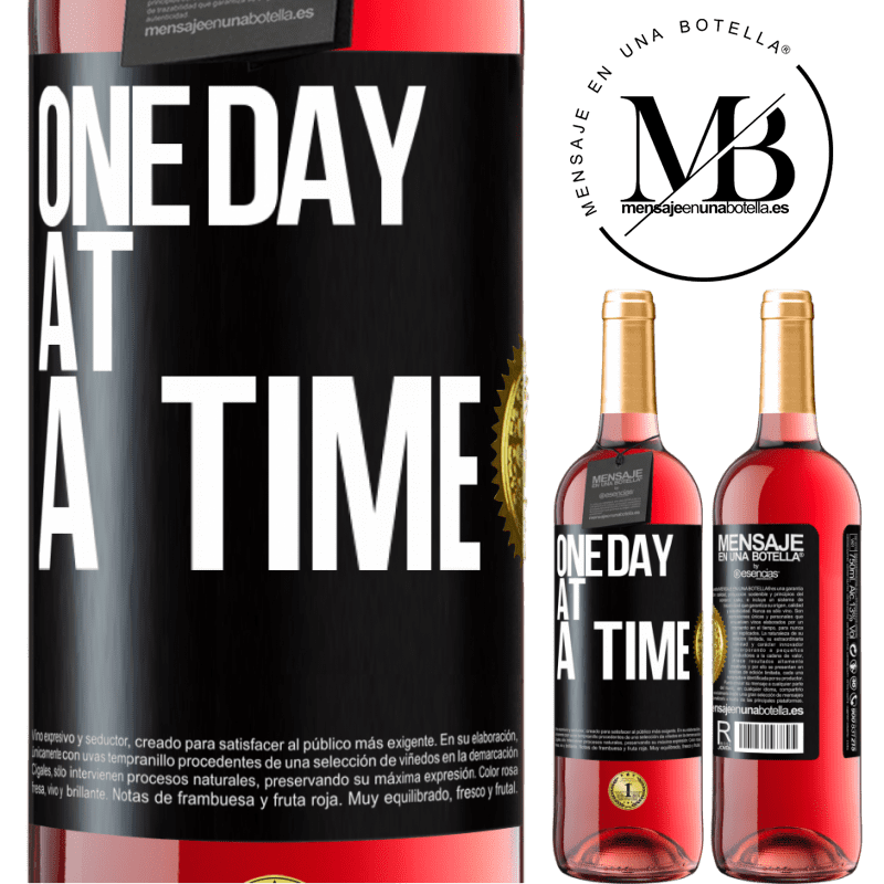 24,95 € Free Shipping | Rosé Wine ROSÉ Edition One day at a time Black Label. Customizable label Young wine Harvest 2020 Tempranillo