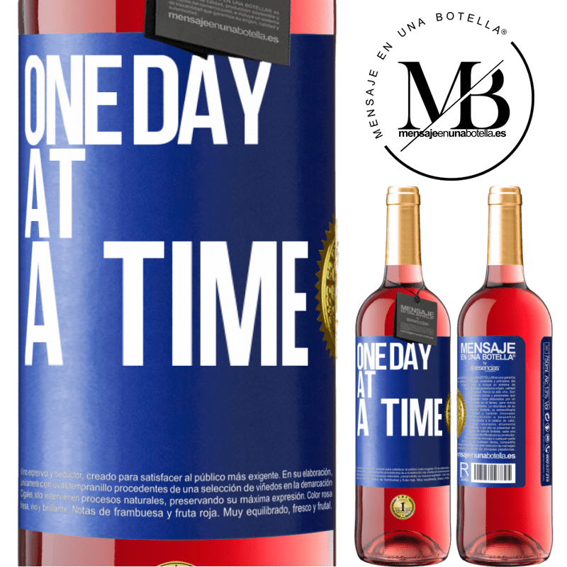 24,95 € Free Shipping | Rosé Wine ROSÉ Edition One day at a time Blue Label. Customizable label Young wine Harvest 2020 Tempranillo