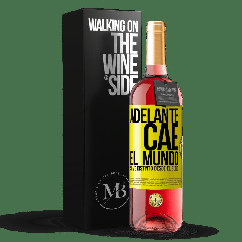 24,95 € Envoi gratuit | Vin rosé Édition ROSÉ Avant. Chutes. Le monde est différent du sol Étiquette Jaune. Étiquette personnalisable Vin jeune Récolte 2020 Tempranillo
