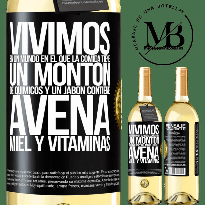 24,95 € Envío gratis   Vino Blanco Edición WHITE Vivimos en un mundo en el que la comida contiene un montón de químicos y un jabón contiene avena, miel y vitaminas Etiqueta Negra. Etiqueta personalizable Vino joven Cosecha 2020 Verdejo