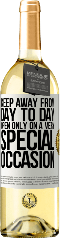 24,95 € Free Shipping | White Wine WHITE Edition Keep away from day to day. Open only on a very special occasion White Label. Customizable label Young wine Harvest 2020 Verdejo