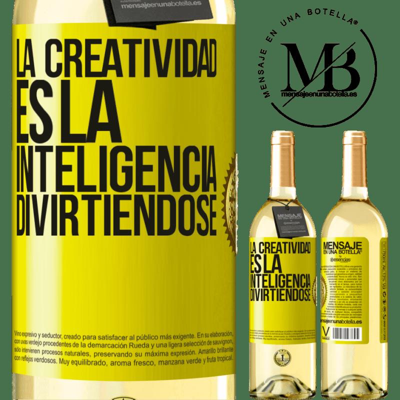 24,95 € Envoi gratuit | Vin blanc Édition WHITE La créativité, c'est l'intelligence qui s'amuse Étiquette Jaune. Étiquette personnalisable Vin jeune Récolte 2020 Verdejo