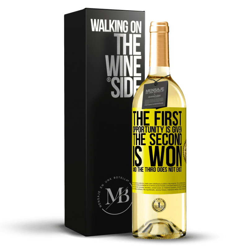 24,95 € Free Shipping   White Wine WHITE Edition The first opportunity is given, the second is won, and the third does not exist Yellow Label. Customizable label Young wine Harvest 2020 Verdejo