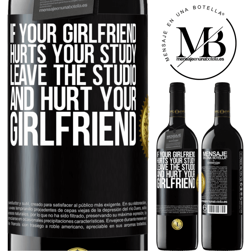 24,95 € Free Shipping | Red Wine RED Edition Crianza 6 Months If your girlfriend hurts your study, leave the studio and hurt your girlfriend Black Label. Customizable label Aging in oak barrels 6 Months Harvest 2018 Tempranillo