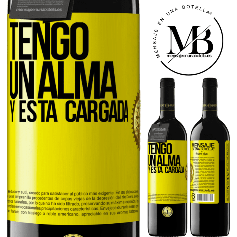 24,95 € Free Shipping | Red Wine RED Edition Crianza 6 Months Tengo un alma y está cargada Yellow Label. Customizable label Aging in oak barrels 6 Months Harvest 2018 Tempranillo