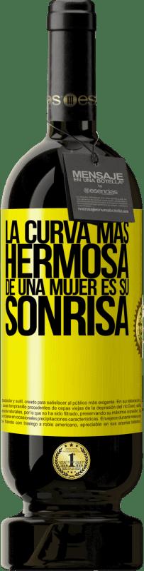 29,95 € Envío gratis | Vino Tinto Edición Premium MBS® Reserva La curva más hermosa de una mujer es su sonrisa Etiqueta Amarilla. Etiqueta personalizable Reserva 12 Meses Cosecha 2013 Tempranillo