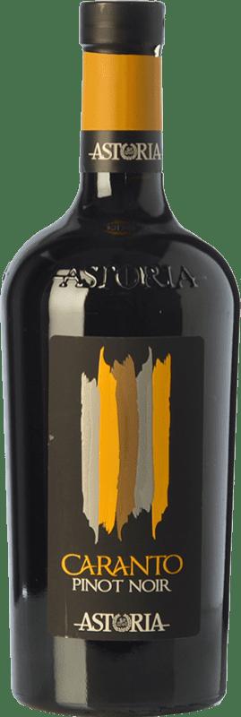 18,95 € Envío gratis | Vino tinto Astoria Pinot Nero Caranto I.G.T. Friuli-Venezia Giulia Friuli-Venezia Giulia Italia Pinot Negro Botella 75 cl