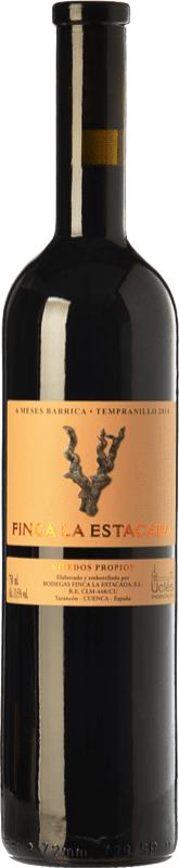 5,95 € 免费送货 | 红酒 Finca La Estacada 6 Meses Joven D.O. Uclés 卡斯蒂利亚 - 拉曼恰 西班牙 Tempranillo 瓶子 75 cl