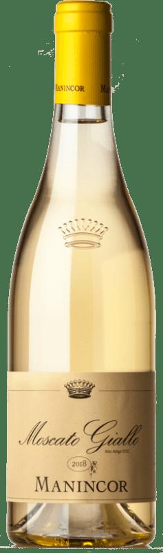 16,95 € Envío gratis | Vino blanco Manincor D.O.C. Alto Adige Trentino-Alto Adige Italia Moscatel Giallo Botella 75 cl