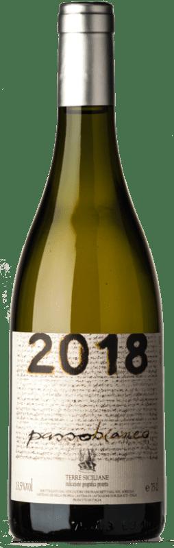 29,95 € Free Shipping | White wine Passopisciaro Passobianco I.G.T. Terre Siciliane Sicily Italy Chardonnay Bottle 75 cl