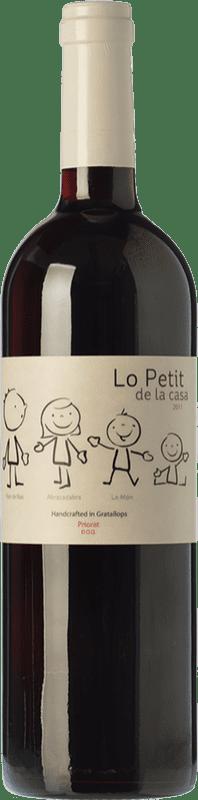 12,95 € Envío gratis | Vino tinto Trossos del Priorat Lo Petit de la Casa Crianza D.O.Ca. Priorat Cataluña España Garnacha, Cabernet Sauvignon Botella 75 cl