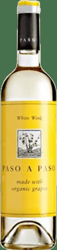 5,95 € Envío gratis | Vino blanco Volver Paso a Paso Orgánico Joven I.G.P. Vino de la Tierra de Castilla Castilla la Mancha y Madrid España Macabeo, Verdejo Botella 75 cl