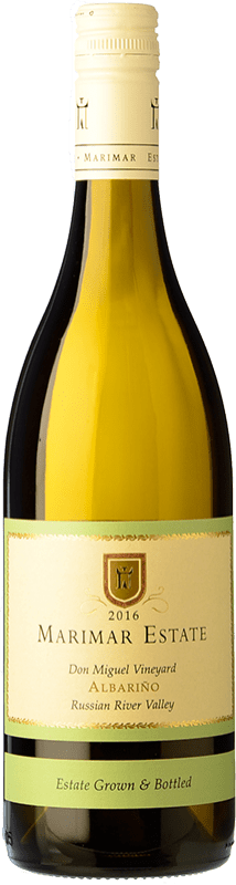 28,95 € Free Shipping | White wine Marimar Estate Crianza United States Albariño Bottle 75 cl