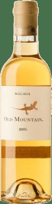 166,95 € Envío gratis | Vino blanco Telmo Rodríguez Old Mountain 2005 D.O. Sierras de Málaga España Moscatel de Alejandría Media Botella 37 cl